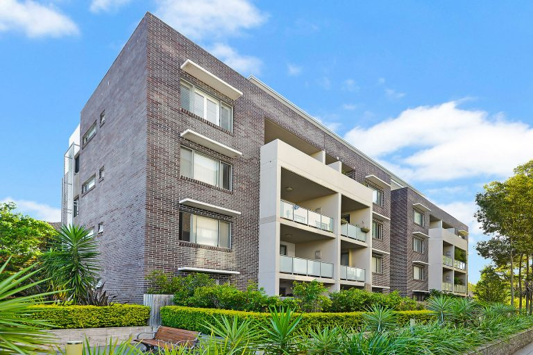 42/553 New Canterbury Road Dulwich Hill , NSW 2203 AUS