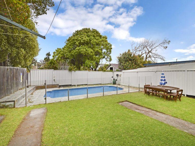 22 Collins Street Tempe , NSW 2044 AUS