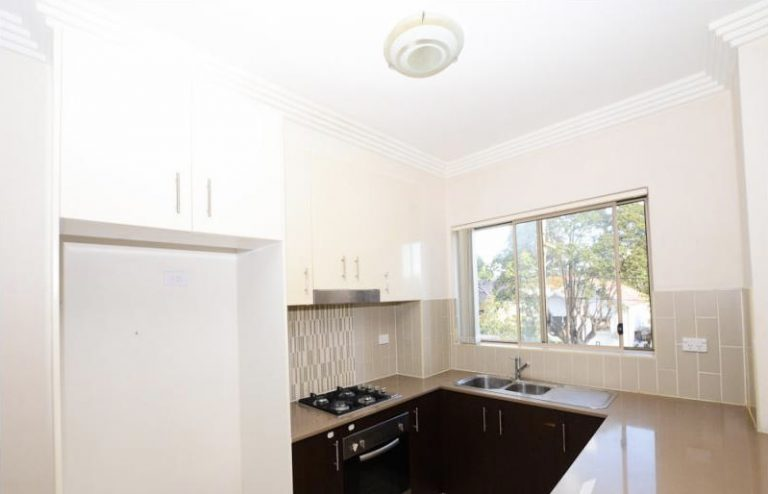 27/11-19 Mandemar Avenue Homebush West , NSW 2140 AUS