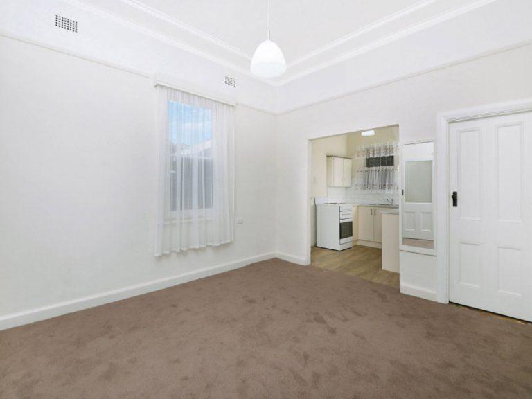 69 Ewart Street Dulwich Hill , NSW 2203 AUS