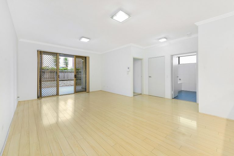 24/553 New Canterbury Road Dulwich Hill , NSW 2203 AUS