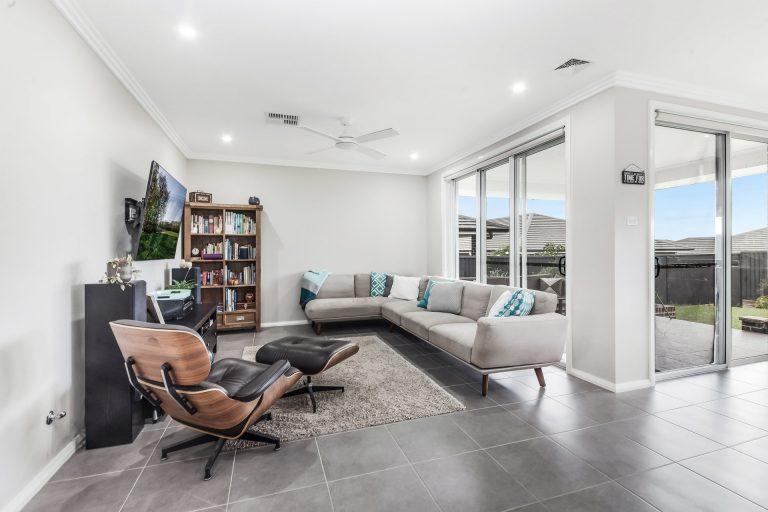 5 Callisto Street Riverstone , NSW 2765 AUS