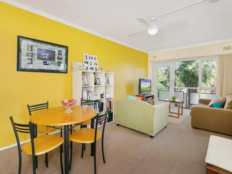12/379A New  Canterbury Road Dulwich Hill , NSW 2203 AUS