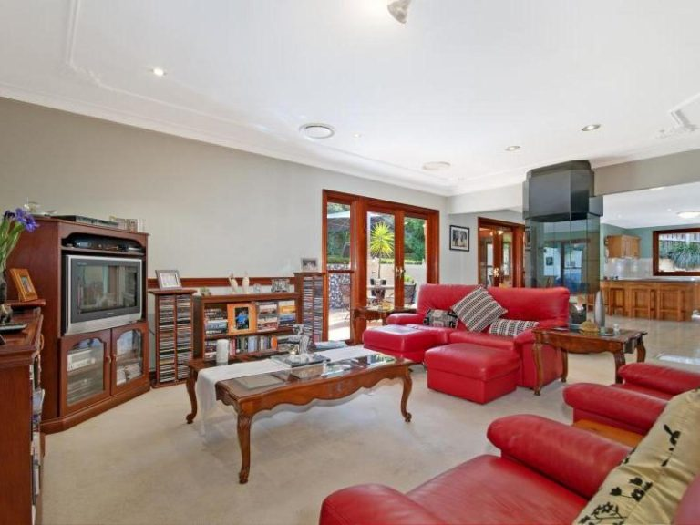 20 Redwood Close Castle Hill , NSW 2154 AUS