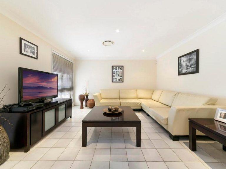 20 Mornington Place Hinchinbrook , NSW 2168 AUS