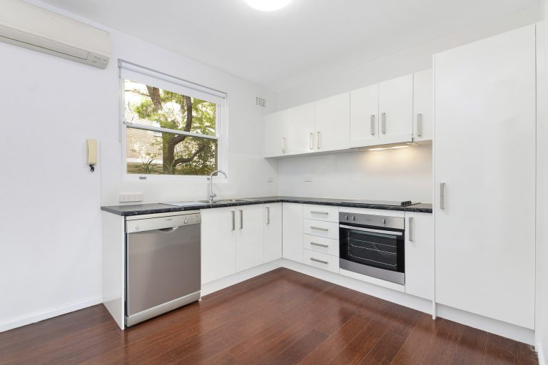 5/62 Floss Street Hurlstone Park , NSW 2193 AUS